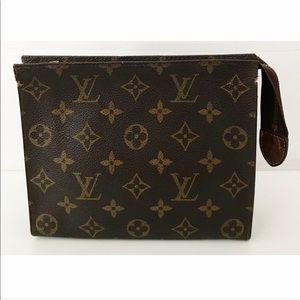 💯Authentic Louis Vuitton Toiletry 19 Pouch Bag